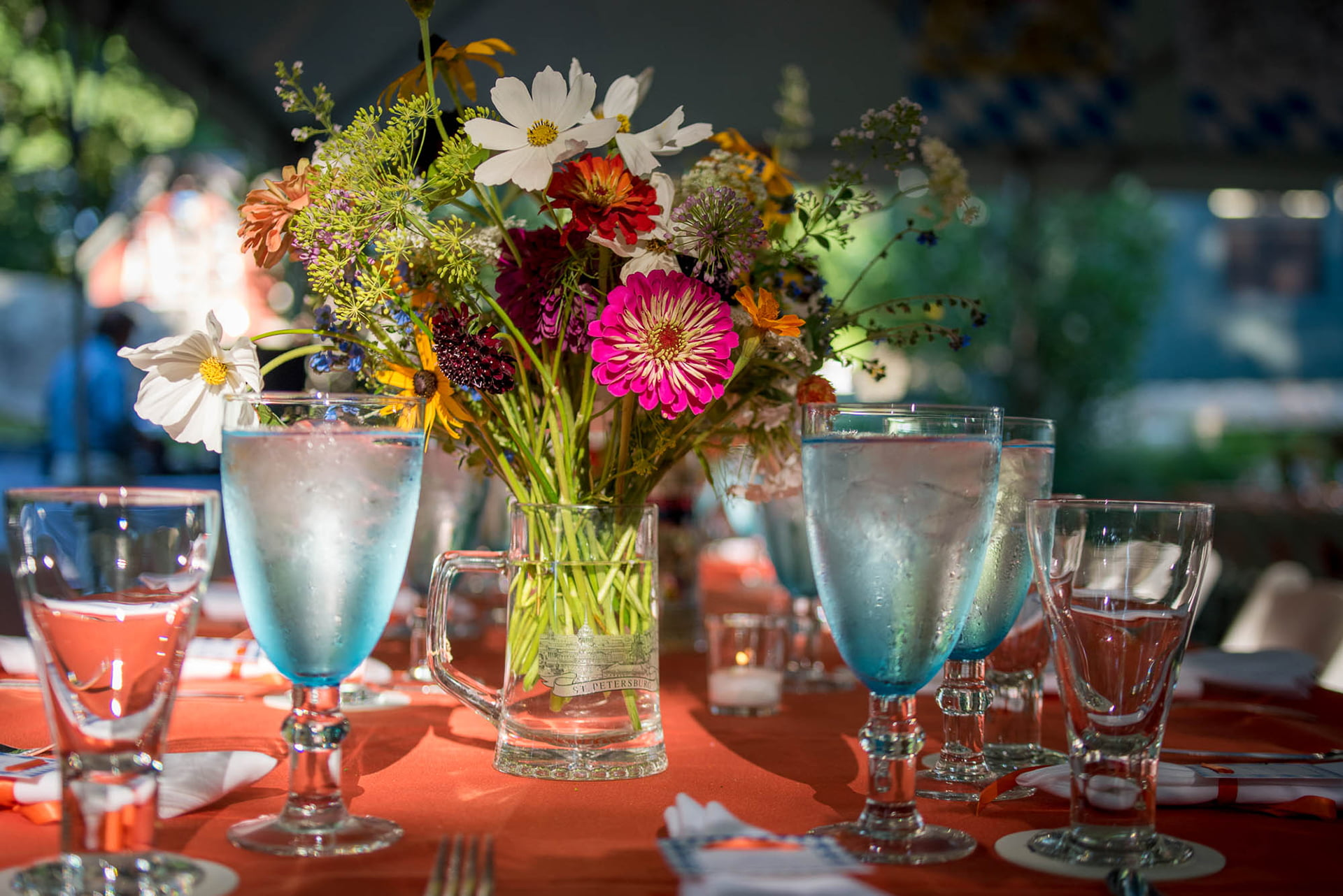 weddings-bethany-table-with-flowers
